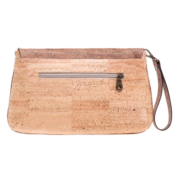 Clutch «Envelope» aus Kork